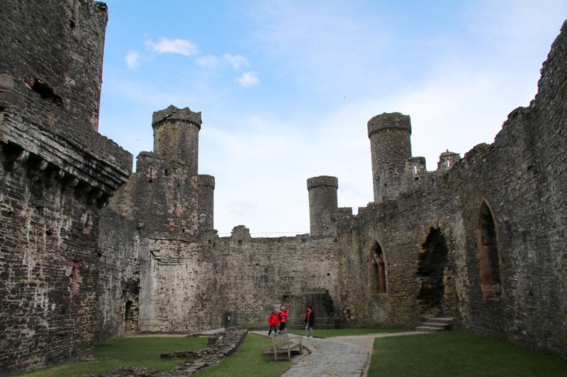 Im Inneren von Caernarfon Castle