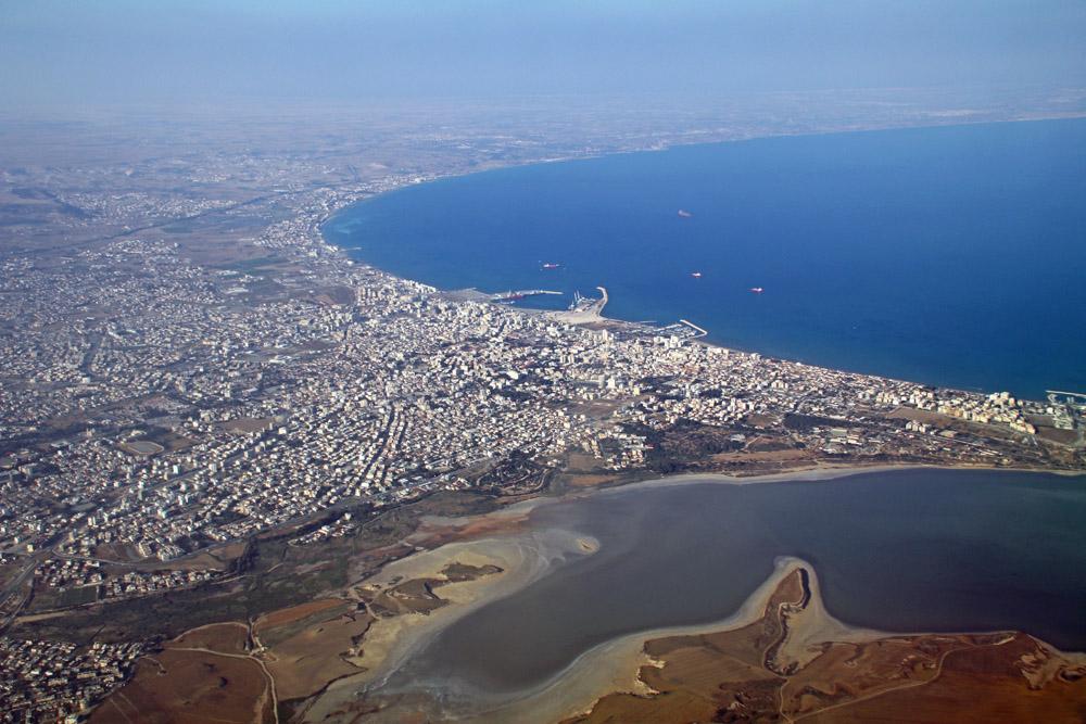 Kurz vor der Landung des Fluges mit Condor in Larnaka auf Zypern