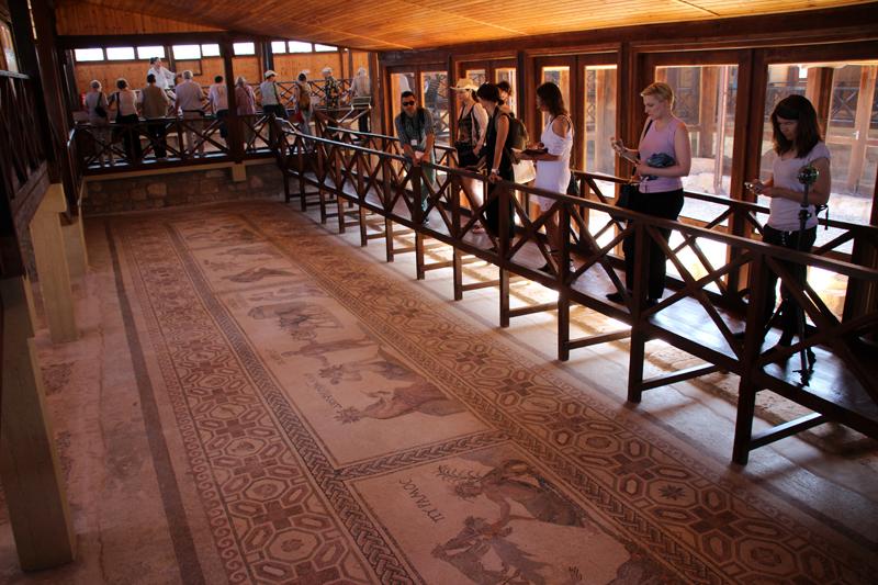 Im Haus des Dionysos in Paphos auf Zypern gibt es zahlreiche sehenswerte Mosaike