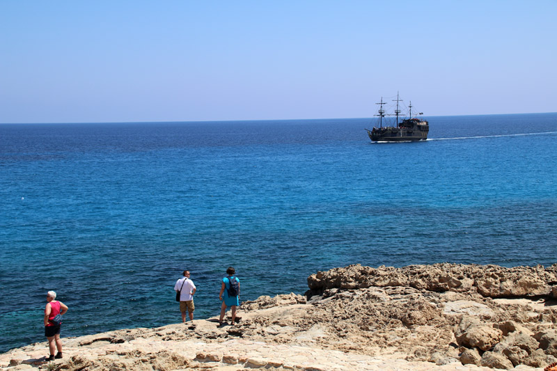 Manchmal lassen sich sogar Piratenschiffe blicken