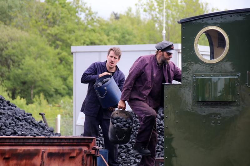 """Die Dampfloks der Vale of Rheidol Railway müssen mit Kohle """"gefüttert"""" werden"""