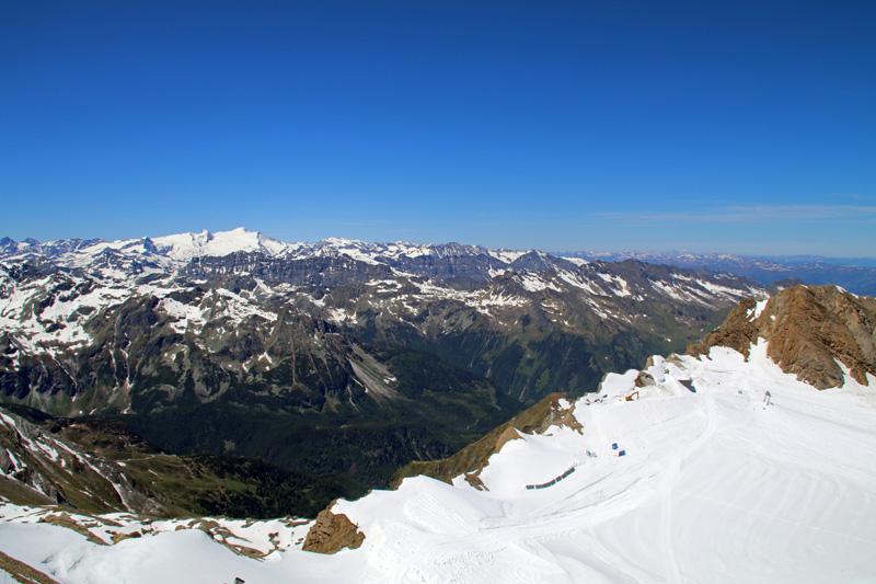 Bis zur Zugspitze und weiter reicht der Blick vom Kitzsteinhorn