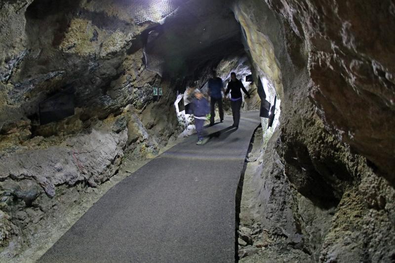Durch einen Stollen führt der Weg zu meinem persönlichen Kitzsteinhorn-Highlight