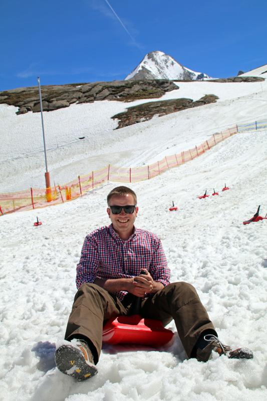 Auch ich habe am Kitzsteinhorn nach Jahren mal wieder auf einem Schlitten gesessen