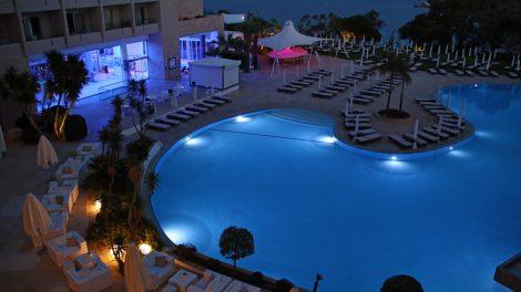 Besonders am Abend kam Urlaubsstimmung im Hotel Grecian Park auf Zypern auf