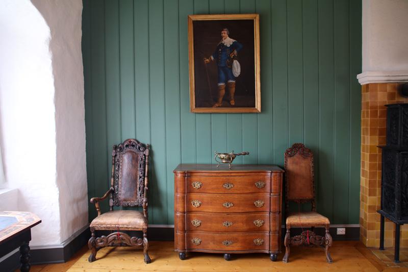 Eines der Zimmer der Burg Austrått
