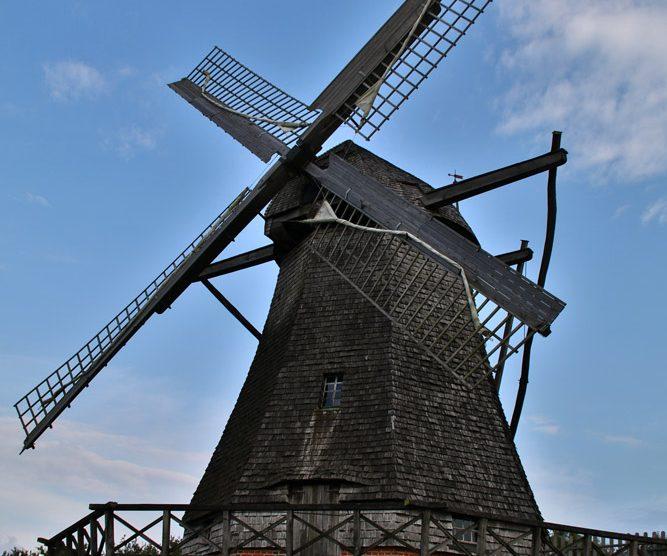 Auch funktionstüchtige Windmühlen können im Freilichtmuseum Detmold besichtigt werden