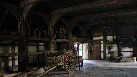 Besonders eindrucksvoll ist ein Blick in die alten Fachwerkhäuser des Freilichtmuseum Detmold