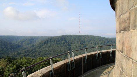 Die Aussicht über den Teutoburger Wald ist beeindruckend