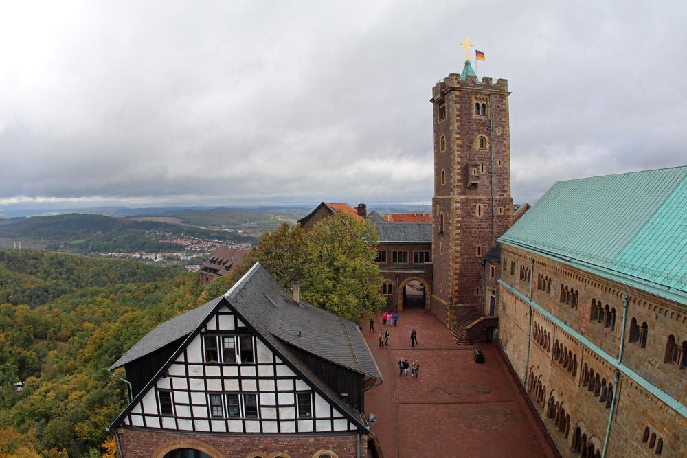 Blick auf den Innenhof der Wartburg in Eisenach