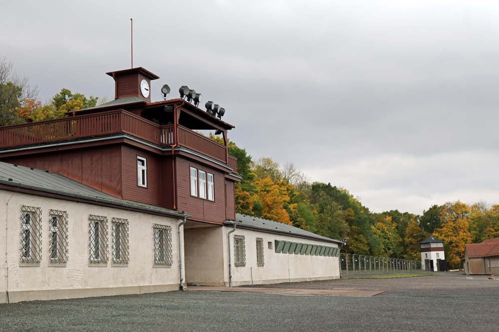 Das Eingangstor zur Gedenkstätte des Konzentrationslagers Buchenwald