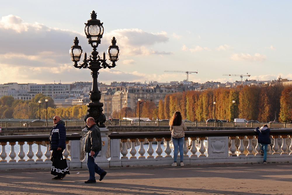 Besonders weich erscheint das Licht an der Seine in Paris im Herbst