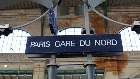 Der Thalys kommt in Paris am Bahnhof Gare du Nord an