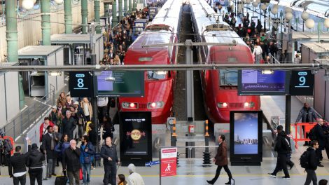 Der Thalys im Gare du Nord Bahnhof in Paris