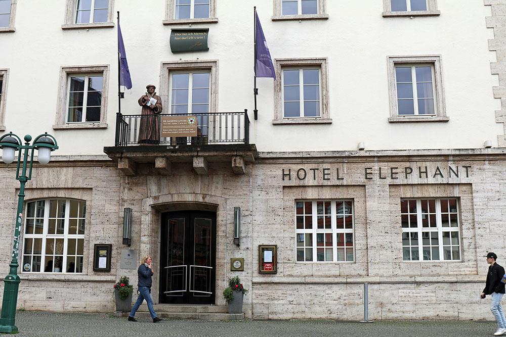 Hotel Elephant auf dem Marktplatz in Weimar