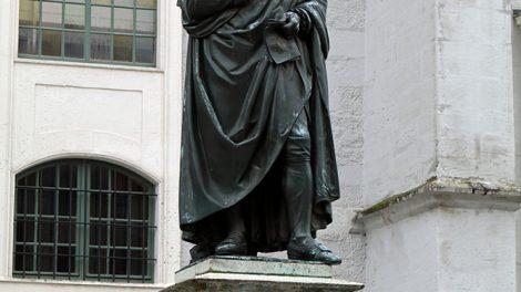 Statue bzw. Denkmal von Herder in Weimar