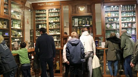 Alte Apotheke im Senckenberg Museum Frankfurt