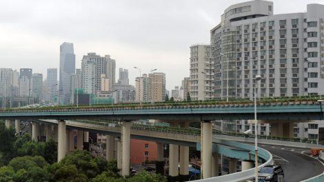Straße bzw. Autobahn in Shanghai in China