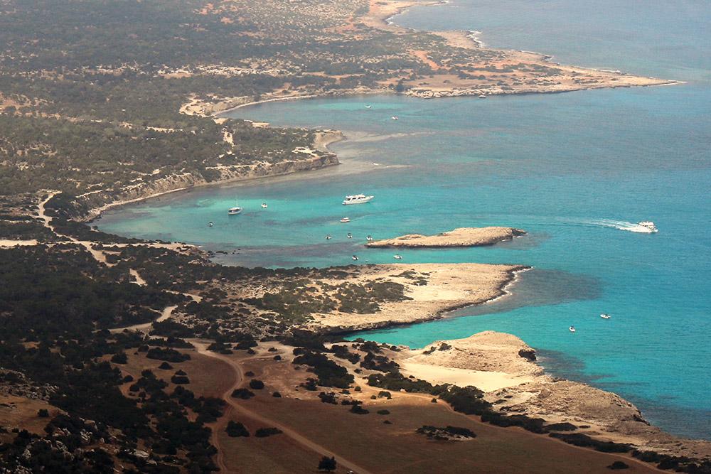 Traumhafte Buchten bietet die Akamas Halbinsel auf Zypern. Hier findet sich noch das ursprüngliche Zypern.