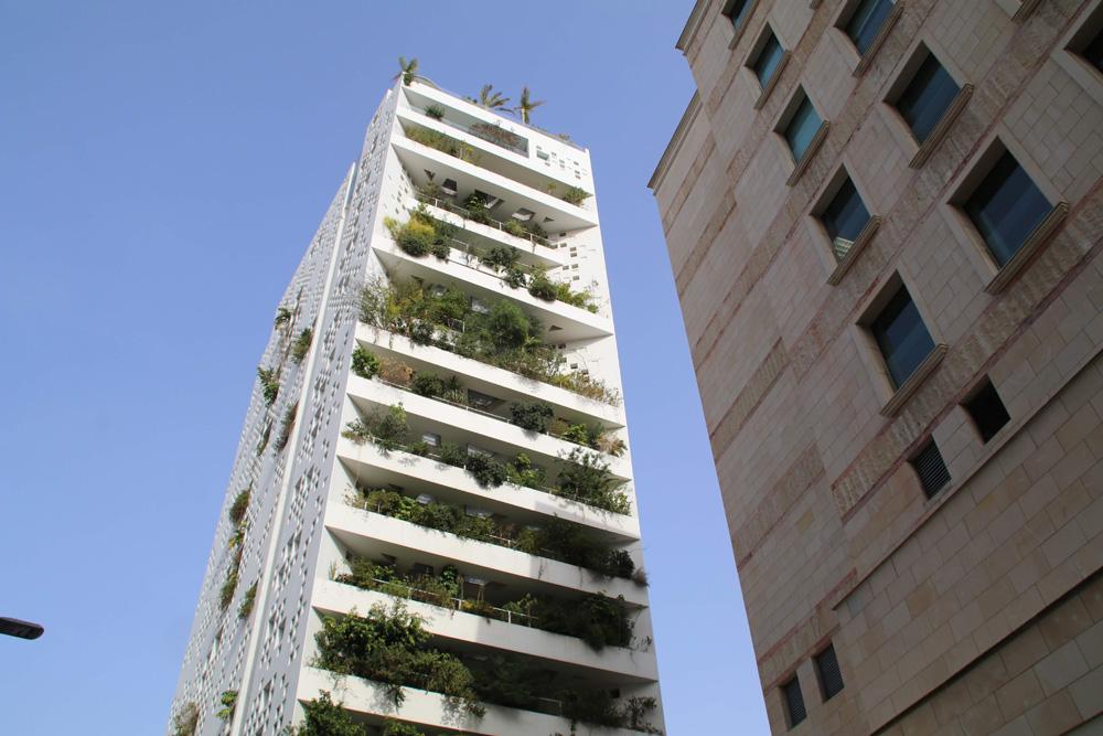 Viele imposante Gebäude sind in der Stadt Nikosia bereits entstanden