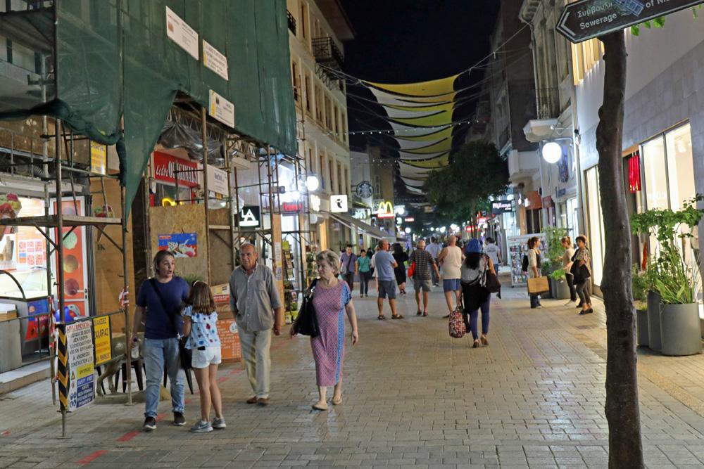 Vor allem am Abend erwacht auf der Ledra Street das Leben