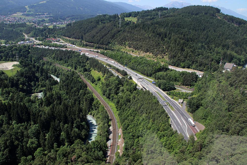 Die Brenner Autobahn führt ins sonnige Italien