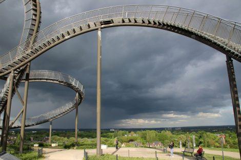 Die Landmarke Tiger and Turtle Heinrich-Hildebrand-Höhe ist eine Halde in Duisburg Ruhrgebiet
