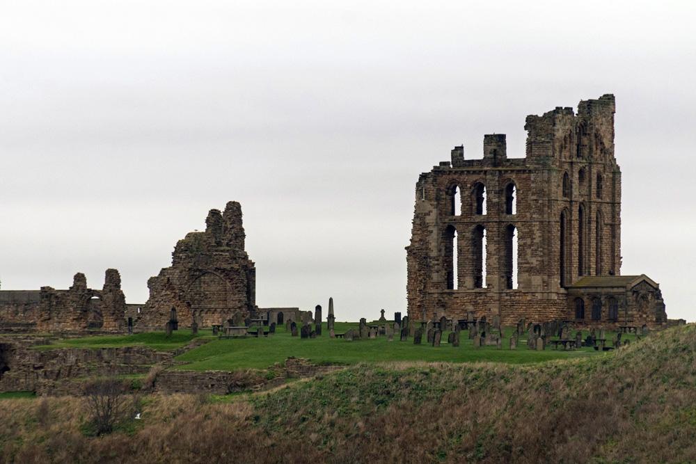 Die Ruinen des Tynemouth Castle bei Newcastle