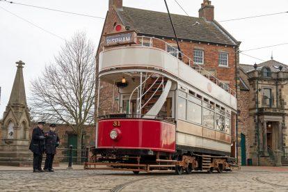 Alte Straßenbahn aus England im Beamish Museum
