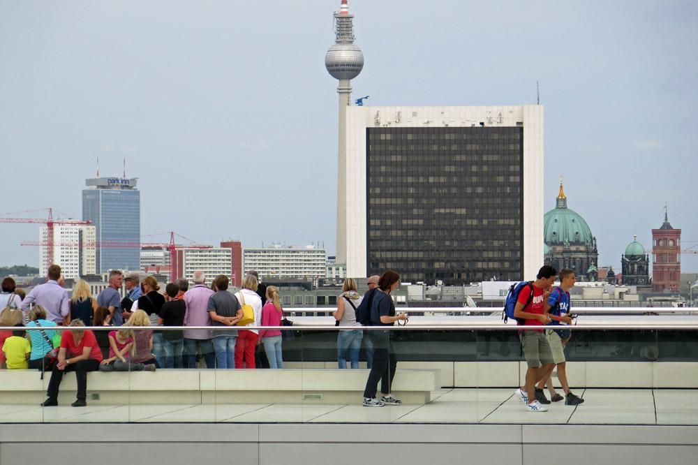 Vom Dach des Reichstages haben Besucher eine der schönsten Aussichten auf Berlin
