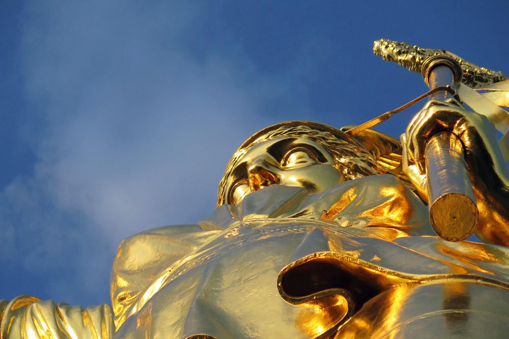 Die Aussichtsplattform der Siegessäule in Berlin befindet sich direkt unter der auch als Goldelse bekannten Viktoria