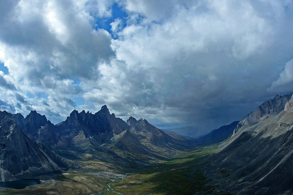 Berge im Tombstone Territorial Park im Yukon