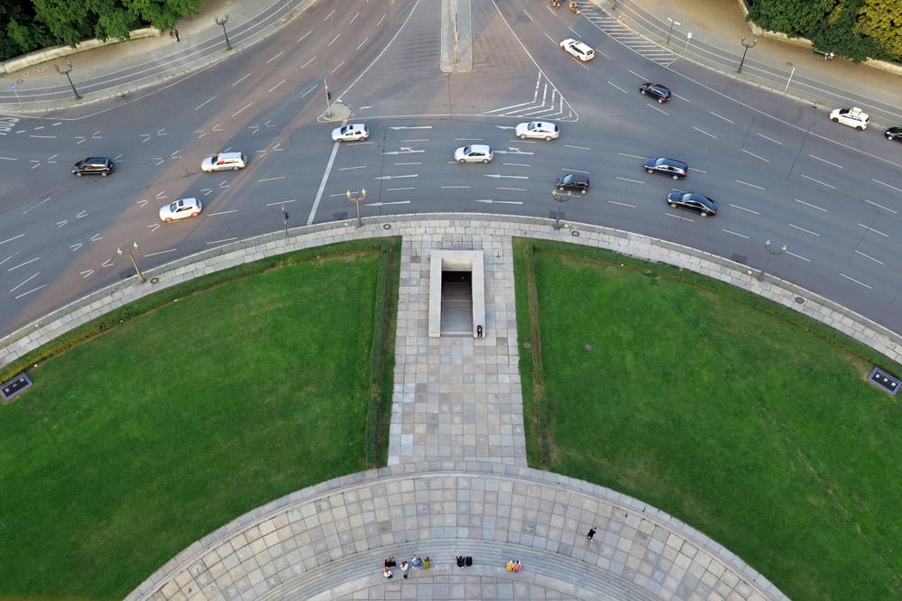 Von der Siegessäule in Berlin Tiergarten hat man die schönste Aussicht auf die Stadt