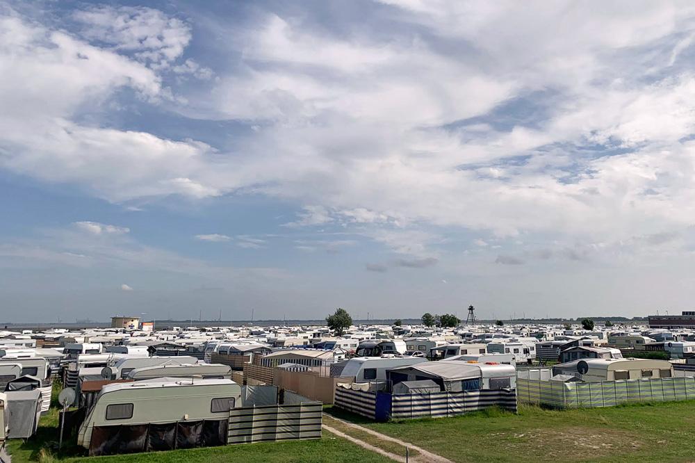 Camping an der Nordsee in Schillig mit Wohnwagen und Zelt