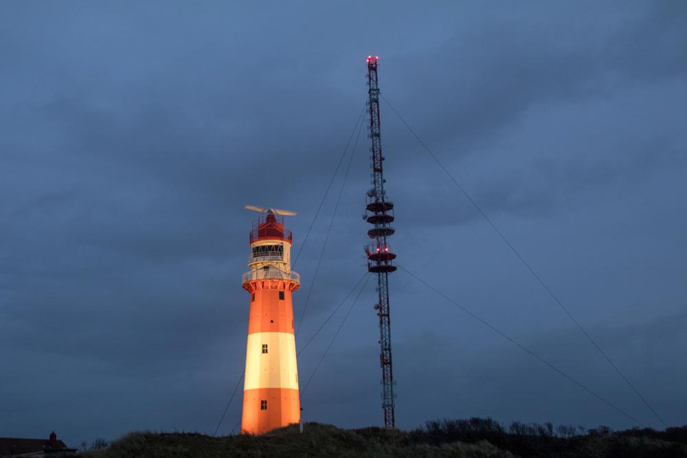 Am westlichen Ende Borkums steht der kleine Leuchtturm.