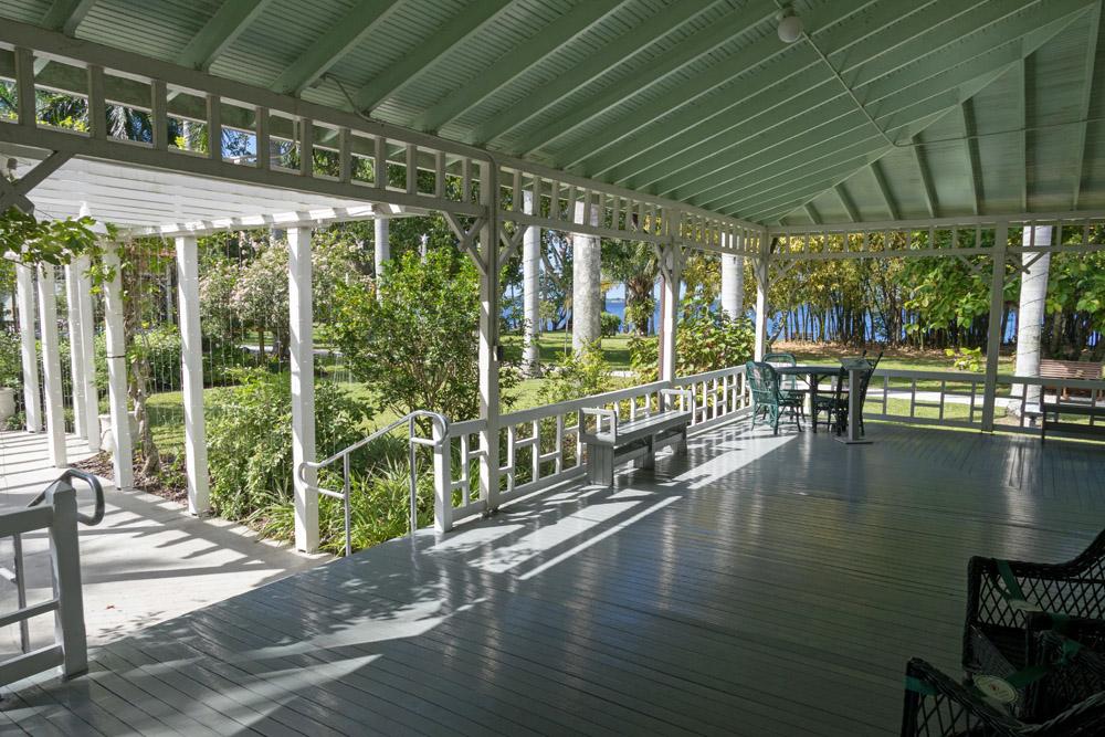 Großzügig präsentiert sich die Veranda von Thomas Alva Edison in Fort Myers.