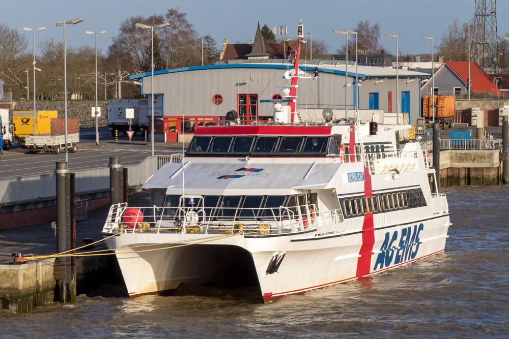 Rund eine Stunde benötigt der Katamaran für die Überfahrt von Emden nach Borkum.