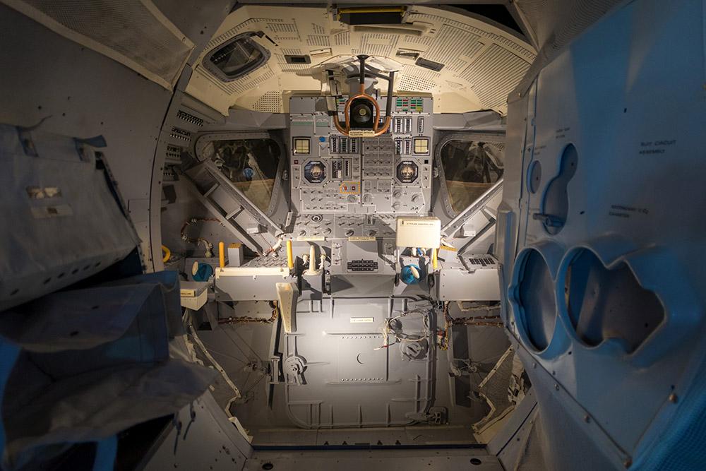 Eine original Mondlandefähre habe ich bereits besichtigen dürfen. Ob es in der ISS ähnlich sein wird?