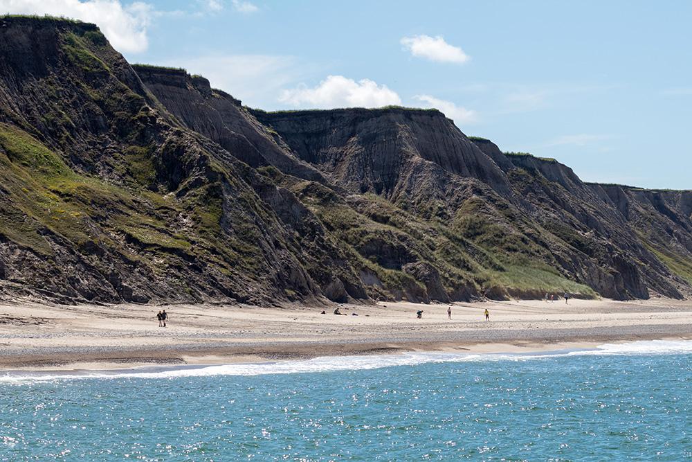 Imposant wirkt die Steilküste unterhalb des Leuchtturms Bovbjerg Fyr