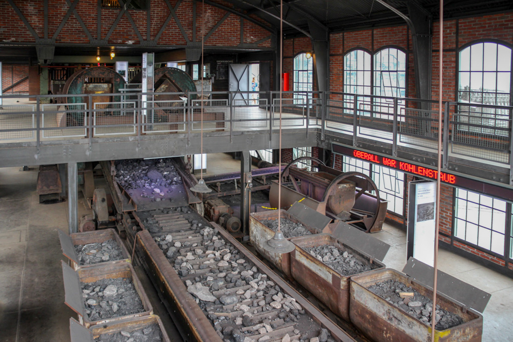 Kohle in der Schachtanlage der Zeche Zollern