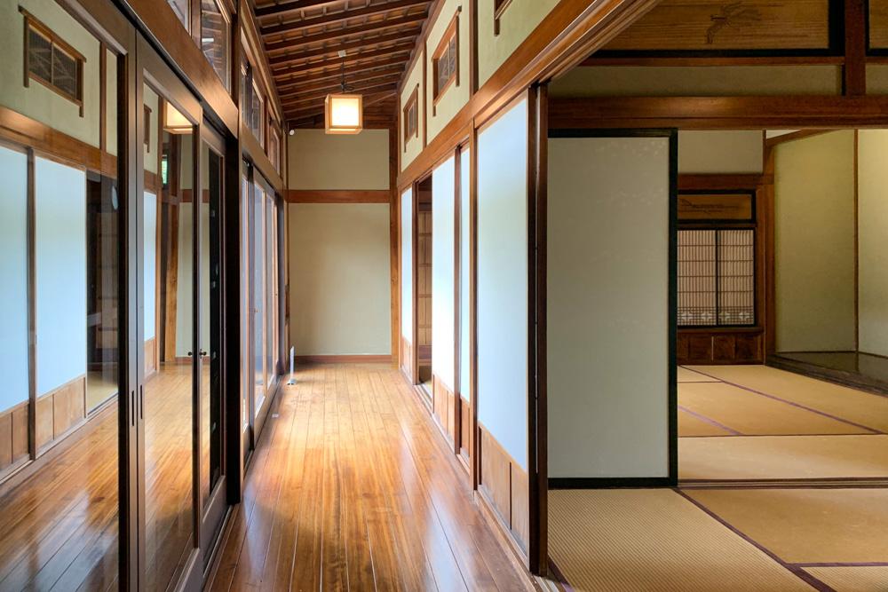 Japanisches Holzhaus am EKO-Haus Düsseldorf