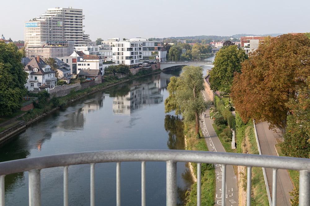 Aussichtspunkt Berblinger Turm in Ulm auf die Donau