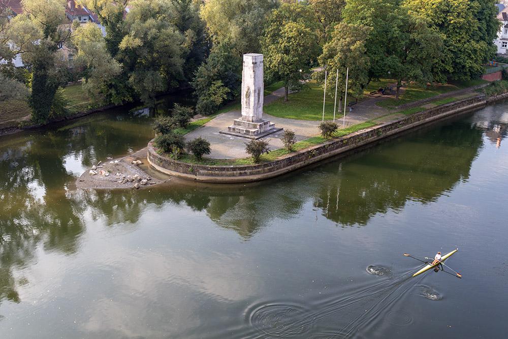 Der Berblinger Turm in Ulm ist ein beliebter Aussichtspunkt über die Donau