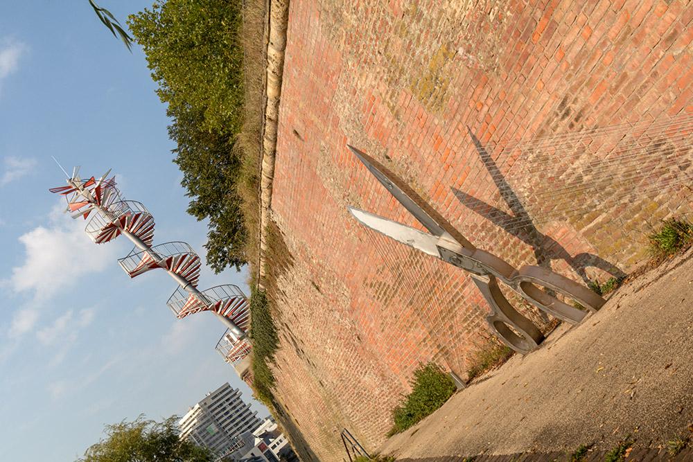 Die Mauer der Adlerbastei in Ulm ist eine beliebte Sehenswürdigkeit.