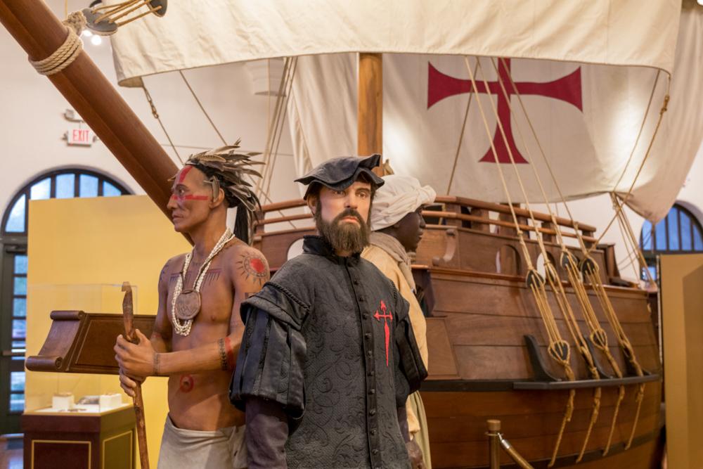 Ponce de León entdeckte Florida. Die Ureinwohner, die Indianer wurden vertrieben
