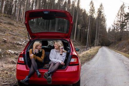 Schlafen im Auto auf einem Roadtrip geht auch im kleinen Skoda Fabia