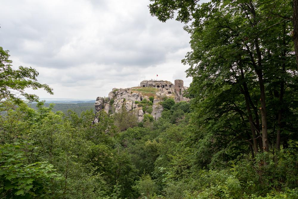 Merianblick an der Burgruine Regenstein – Harzer Wandernadel Stempelstelle HWN 80