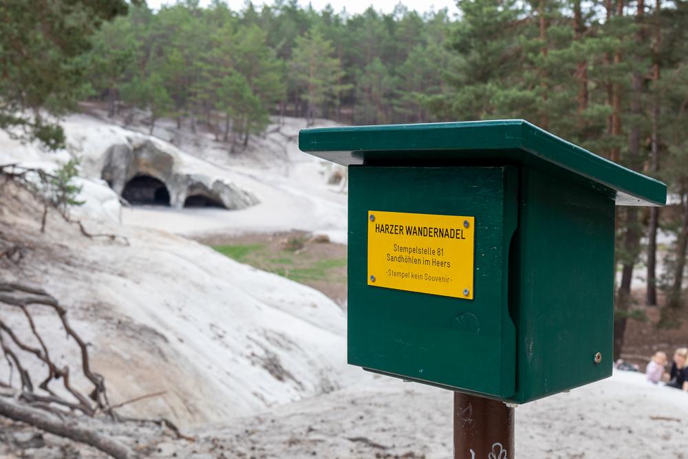 Sandhöhlen im Heers – Harzer Wandernadel Stempelstelle HWN 81