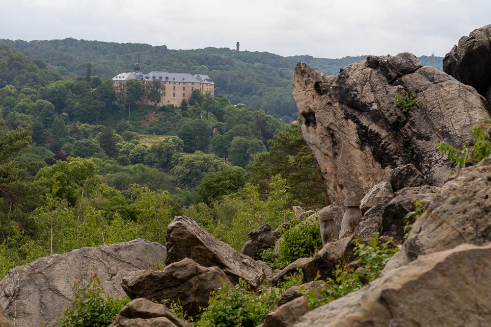 Burg Blankenburg am Großvaterfelsen – Harzer Wandernadel Stempelstelle HWN 76