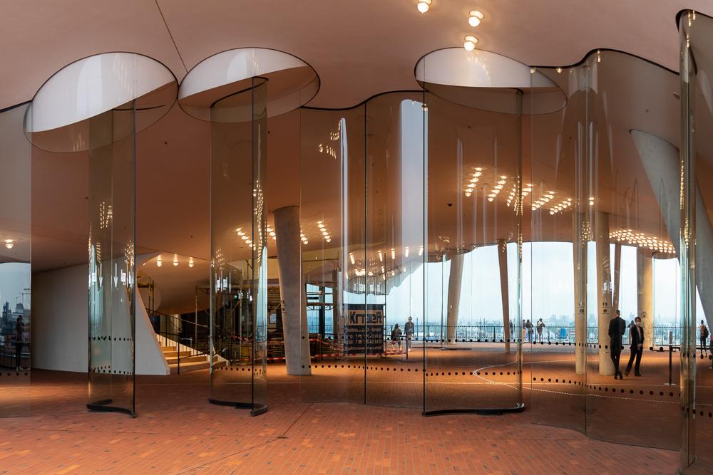 Plaza der Elbphilharmonie in Hamburg
